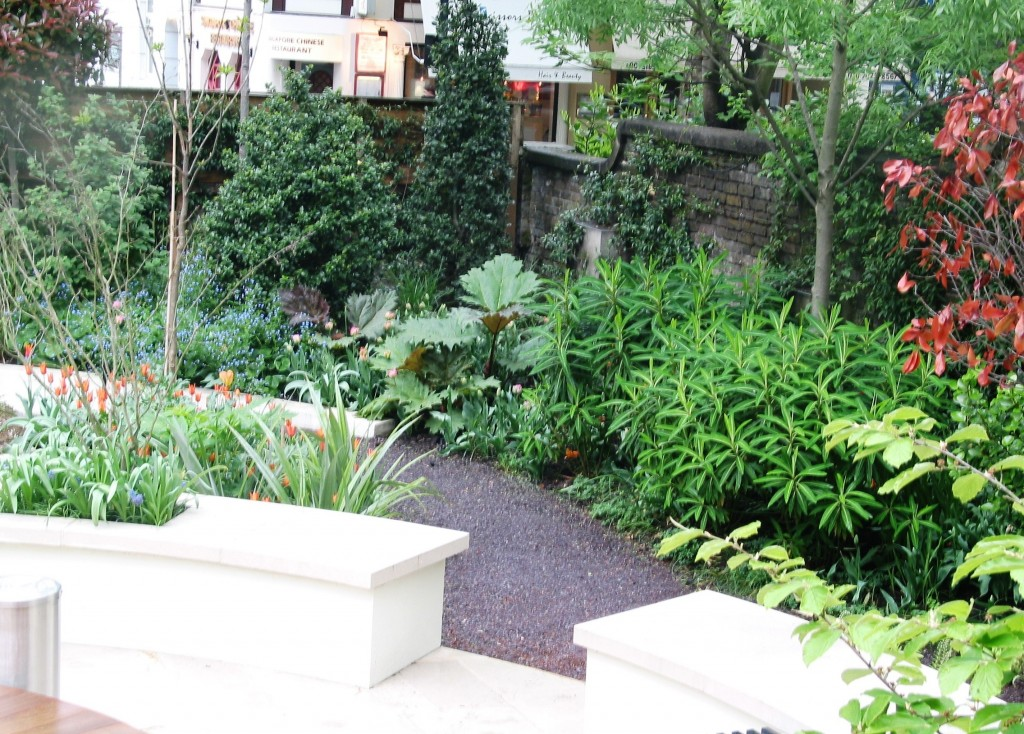 Garden With Planting And Slate Chippings Path Simon