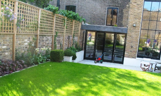 Landscaping With Trellis : Garden with trellis and lawn simon scott landscaping