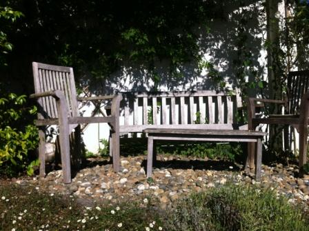 perfect pause garden seat